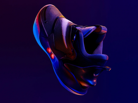 Nike Adapt BB 2.0 : Le futur version 2.0...